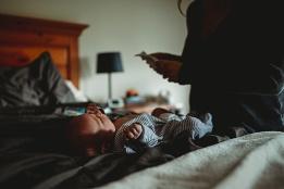 Kayla Lunde Chicago Documentary Newborn (47)